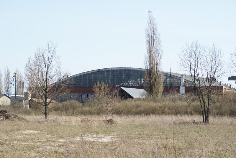 Hangar_1.jpg